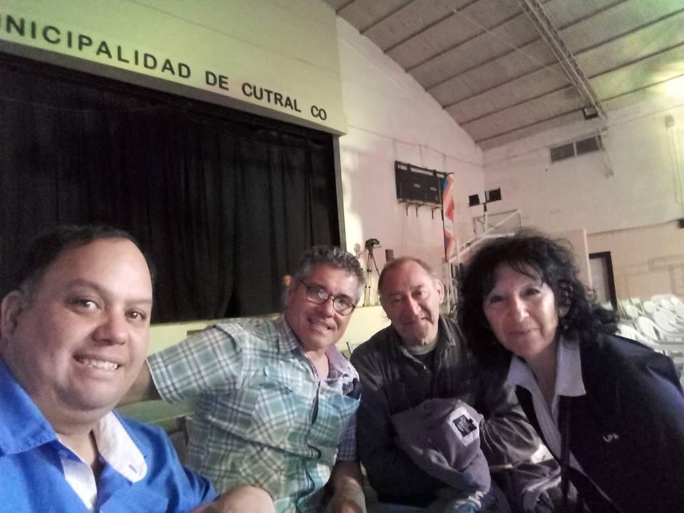 ENTREVISTAS EN LA NOCHE DE BOXEO EN EL GIMNASIO MUNICIPAL GENERAL ENRIQUE MOSCONI