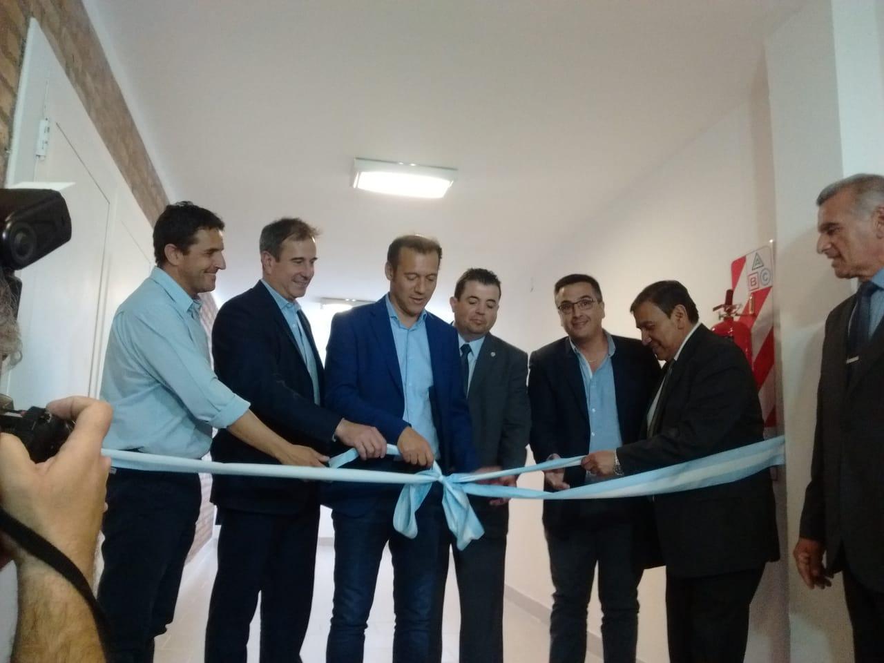 Gutierrez inauguro ampliacion en Hospital Complejidad VI
