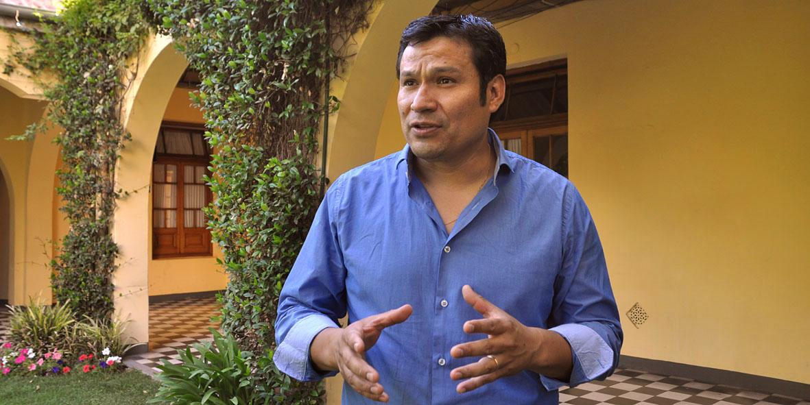 Llancafilo denego las denuncia de Figueroa