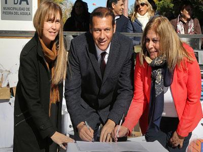 De regreso Omar Gutierrez participo del 120 Aniversario de Piedra del Aguila
