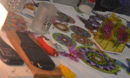 Expo de Artesanos en Huincul