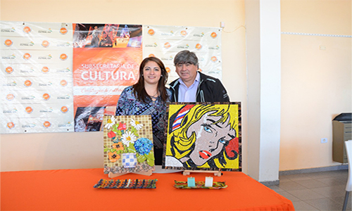 Muestra de arte en Mosaiquismo y Vitrofusion
