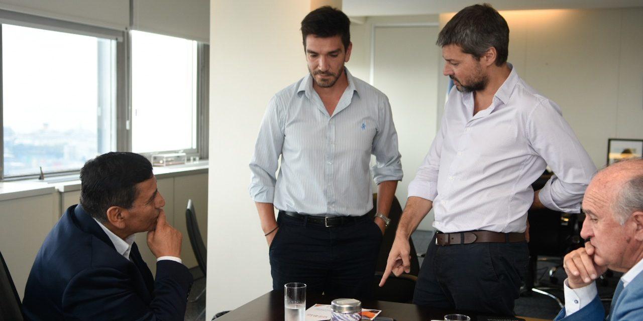 José Rioseco golpea puertas en Nacion