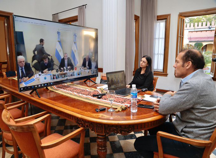 Gutierrez junto a Gobernadores y el Presidente Fernandez