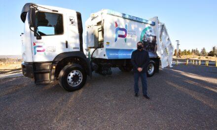 Suarez entregó nuevo camión recolector